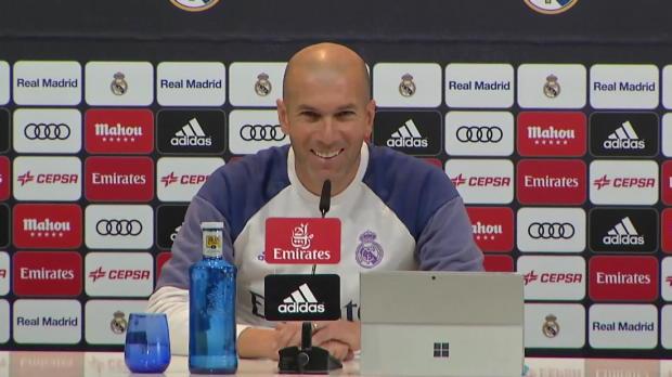 "Zidane: ""Cristiano Ronaldo immer in Kritik"""