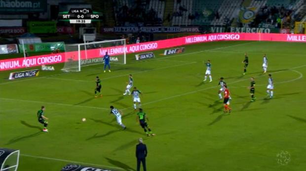 لقطة: كرة قدم: هشاشة دفاعات سيتوبال تفضي إلى هدف السبق لفائدة سبورتينغ