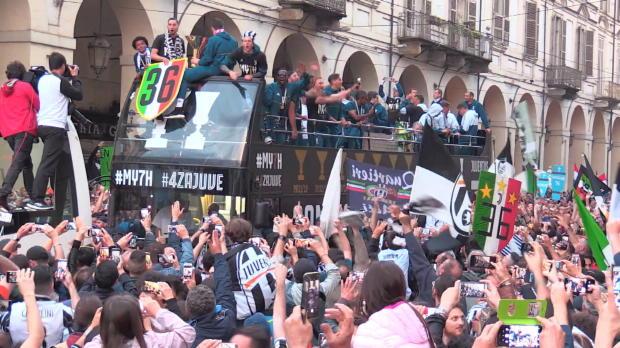Ekstase in Turin! Juves besondere Double-Feier