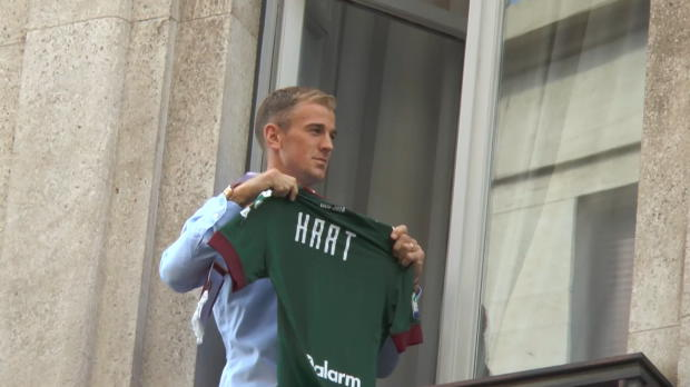 Guardiola-Opfer Hart jubelnd in Turin empfangen