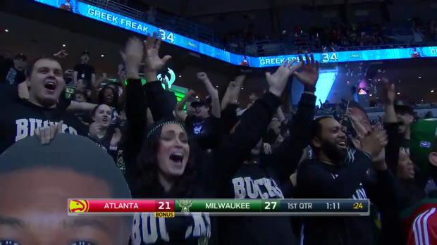 WSC: Giannis Antetokounmpo with the dunk!