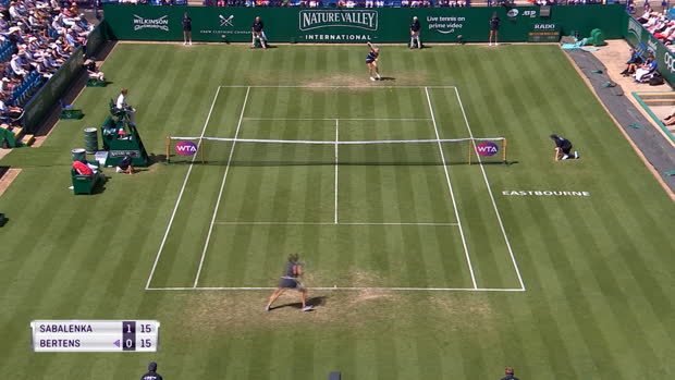 : Eastbourne - Bertens remporte un duel de cogneuses contre Sabalenka