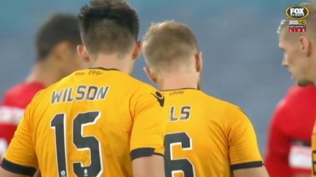 Wanderers v Glory highlights