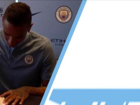 كرة قدم: الدوري الانكليزي- دانيلو- السيرة الاحترافية