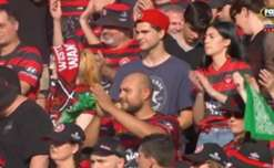 10-man Western Sydney snapped their winless run with a 4-1 victory over the Mariners on Saturday afternoon.