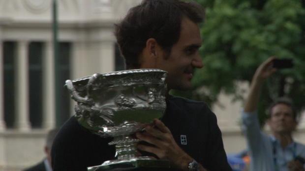 Open de Australia - Federer posa con su decimoctavo Grand Slam