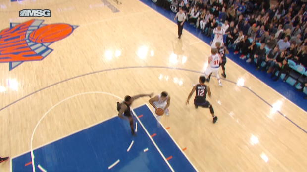 Block of the Night - Eric Bledsoe