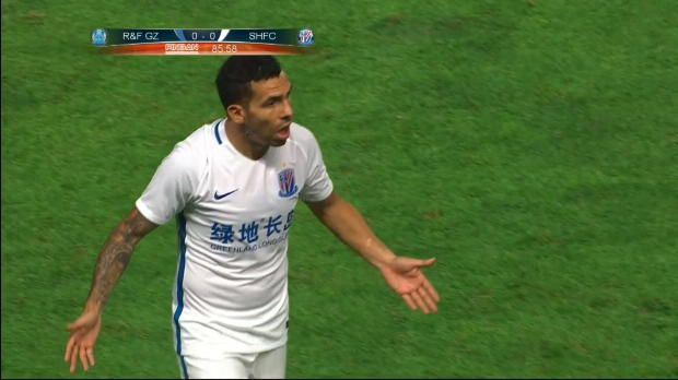 CSL: Tevez wird zu Unrecht Treffer aberkannt