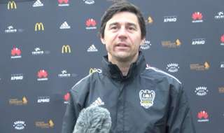 Head coach Darije Kalezić discusses his plans for Goran Paracki, as well as providing background on why he was chosen to play for the Wellington Phoenix.