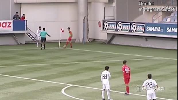 Armer Fußballer! Wind macht Ecken-Ausführung schwer   Viral