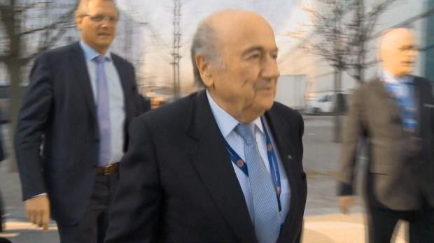 FIFA: Blatter nach Kollaps im Krankenhaus