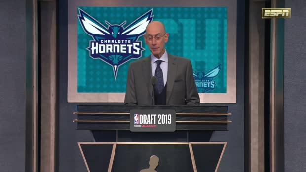 Charlotte Hornets select PJ Washington 12th overall