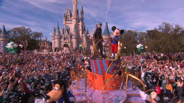 Foles nach Super-Bowl-Sieg in Disney World