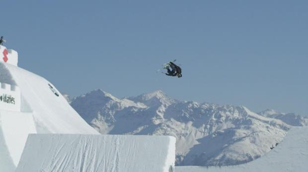 Free-Ski: Schweizer Teenager mit irrem Trick
