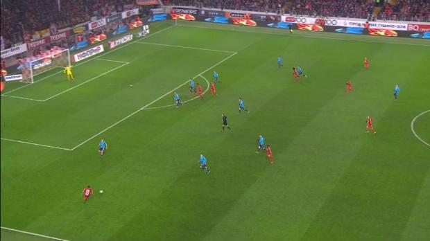 Spartak Moskau gewinnt Topspiel in Unterzahl