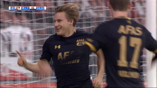 Alkmaars Svensson mit Rakete ins Glück!