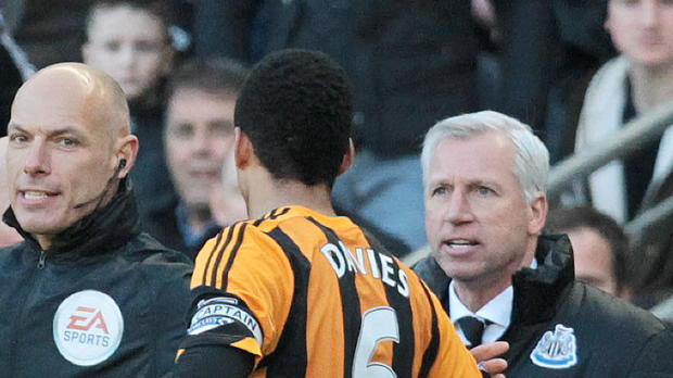 P.League - Newcastle, Pardew encourt une longue suspension