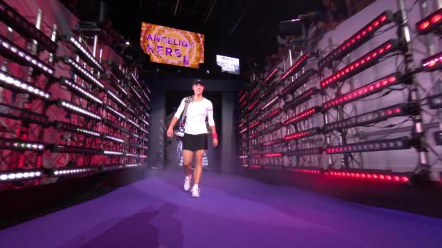 WTA Finals: Kerber siegt nach Abnutzungskampf