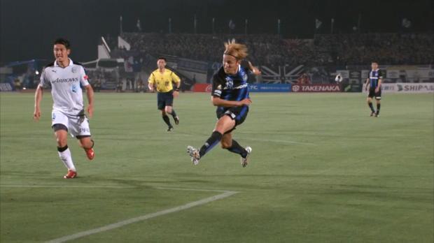 J-League: Ex-FCB-Star Usami ballert weiter