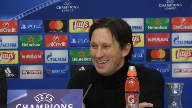 Schmidt scherzt über Leverkusens-Elfer-Fluch