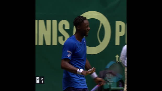 TENNIS - ATP - Halle - L'incroyable point de Gaël Monfils