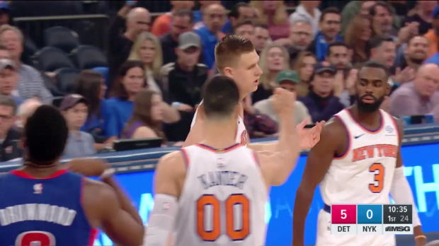 WSC: Highlights: Kristaps Porzingis (33 points) vs. the Pistons, 10/21/2017