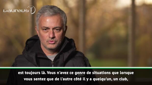 Mourinho - 'Wenger est l'un des meilleurs managers de l'histoire du football'