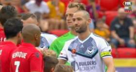 Melbourne Victory made it five wins on the trot after beating the Reds 2-0 in Adelaide on Saturday night.