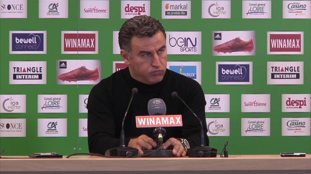 Christophe Galtier n'a pas vraiment apprécié le comportement de certains de ses joueurs dimanche lors de la défaite face au PSG (0-1). Le coach stéphanois menace d'en tenir rigueur pour la prochaine composition d'équipe.