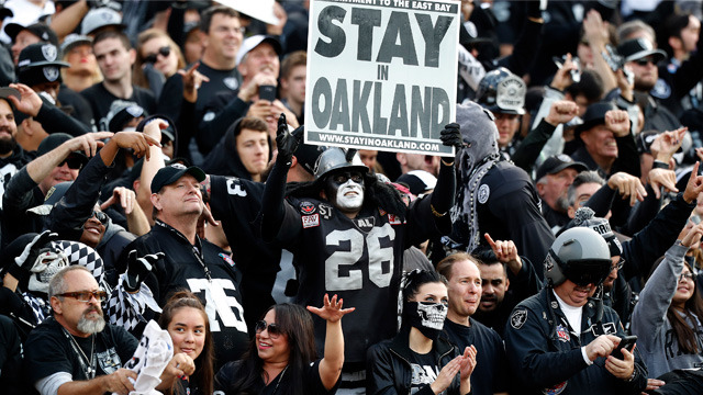 City of Oakland submits new stadium plan to keep Raiders