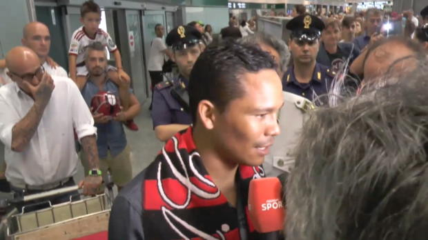 "Bacca: ""Ich hoffe, dass Ibrahimovic kommt"""