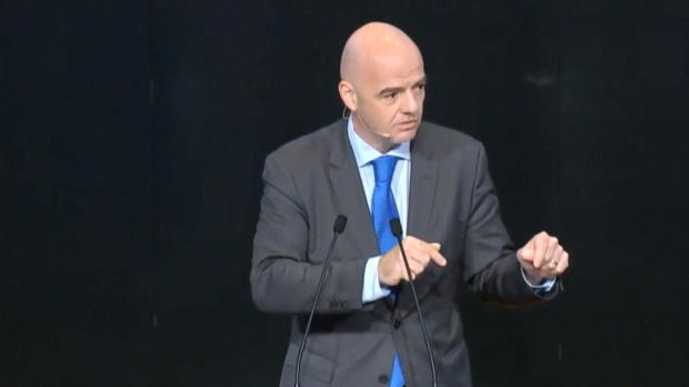 FIFA: Präsident Infantino rechtfertigt Mega-WM