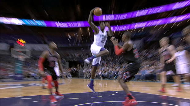 Dunk of the Night: Marvin Williams