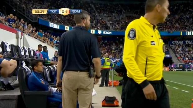لقطة: كرة قدم: بوكيتينو يرفض الجلوس في المدرجات بعد طرده