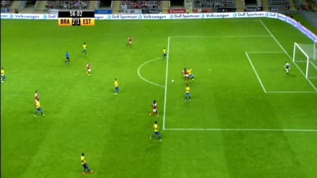 L'attaquant du Sporting Braga Eder a inscrit un magnifique but face à Estoril en championnat du Portugal.