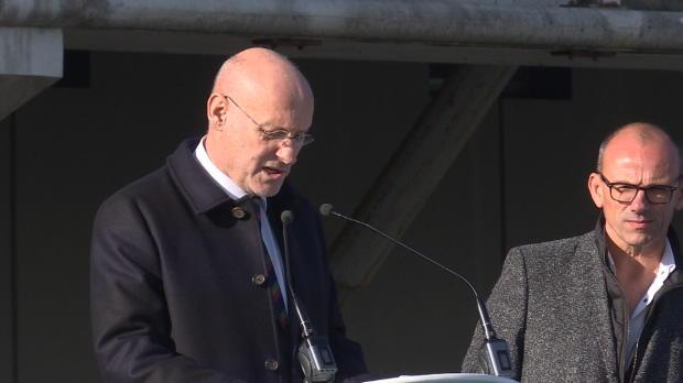 XV de France - Bernard Laporte inaugure le stade Pierre-Camou à Marcoussis