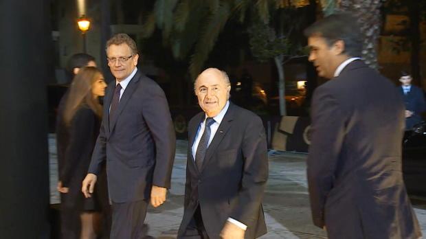 FIFA: Blatter und Platini: Lebenslange Sperre?