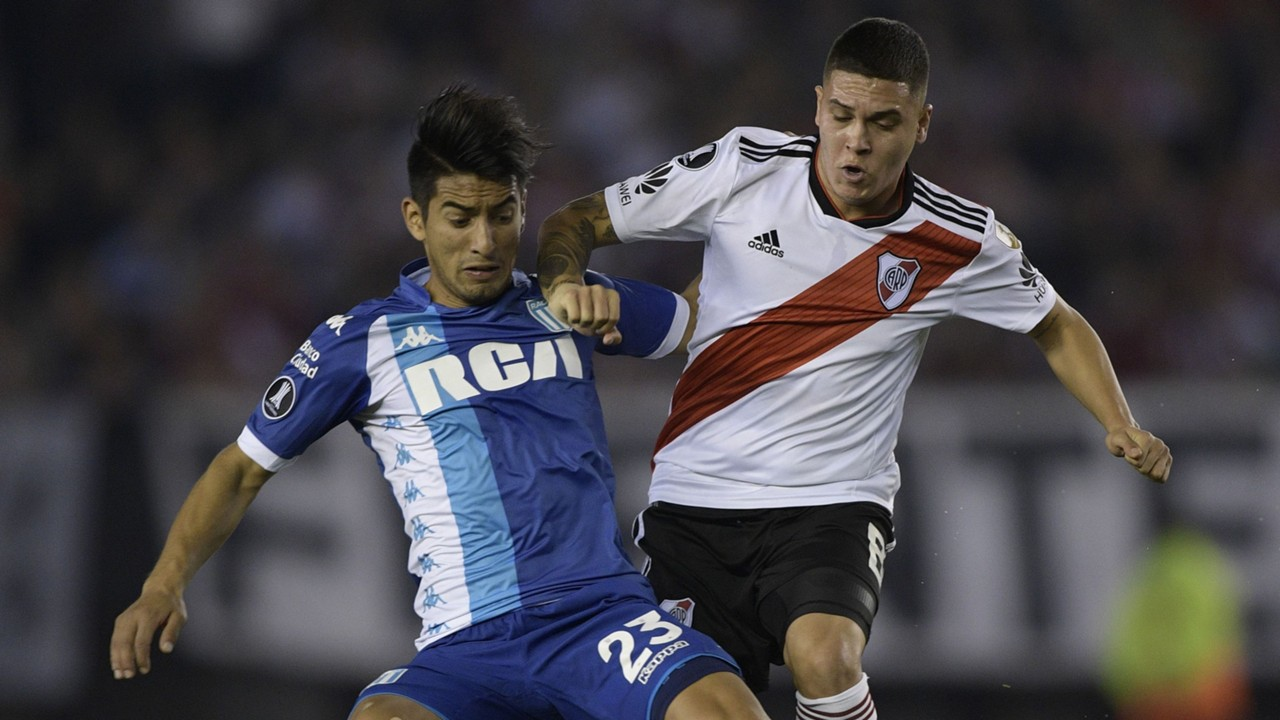 AFP River Plate Racing Club Copa CONMEBOL Libertadores 29082018 Alexis Soto Juan Fernando Quintero