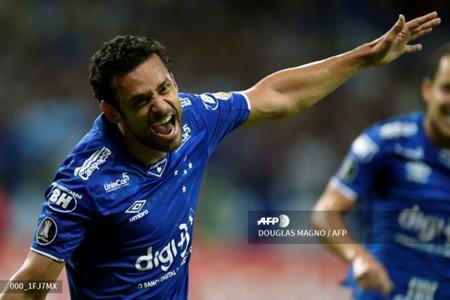 Fred scores for Cruzeiro in the Copa Libertadores