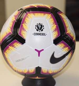 CONMEBOL Libertadores pelota Nike Merlin