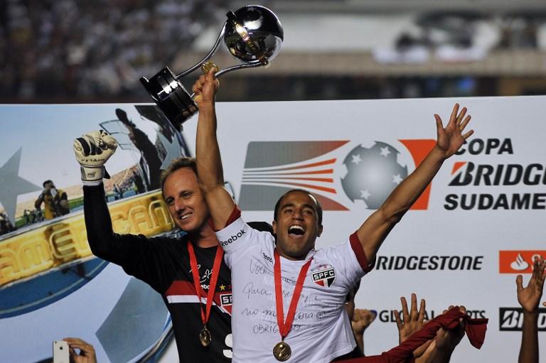 AFP Rogério Ceni Lucas Moura Sul-Americana 2012