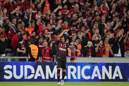 Atlético-PR Fluminense Copa Sul-Americana Renan Lodi