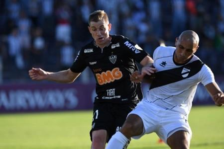 AFP Danubio Atlético-MG Adilson Pablo Siles