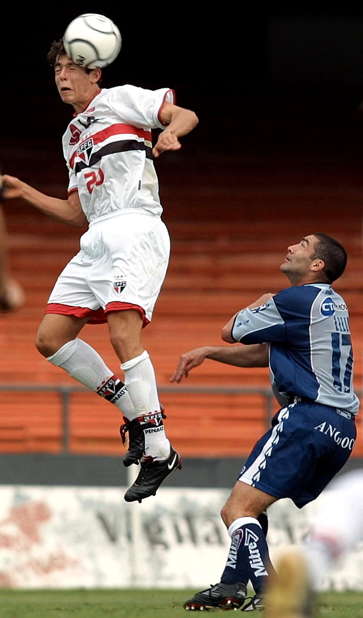 Kaká - São Paulo 2001