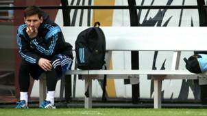 Lionel Messi Argentina bench
