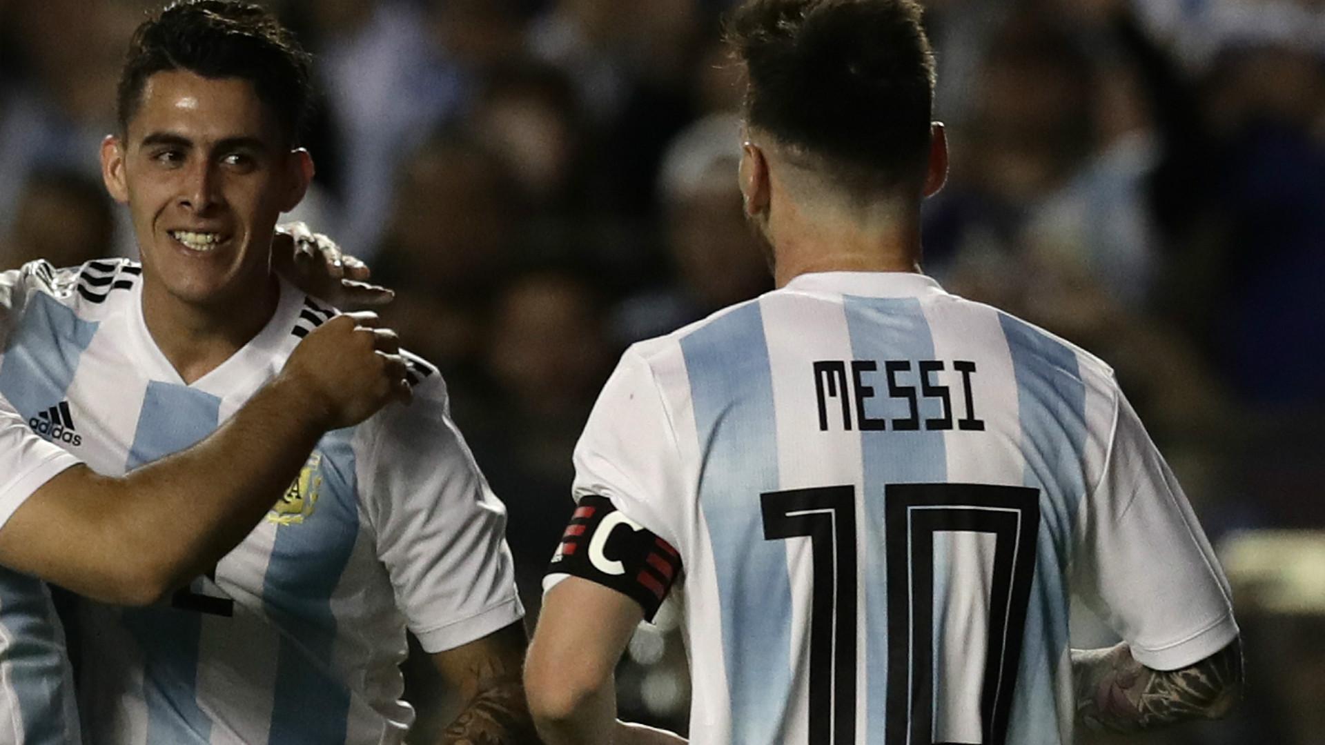 Cristian Pavon Lionel Messi Argentina