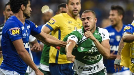 Mayke Léo briga Cruzeiro Palmeiras Copa do Brasil 26092018