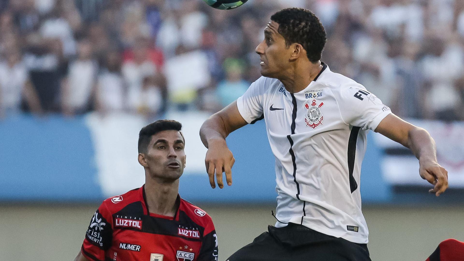 Corinthians desiste do zagueiro Pablo: