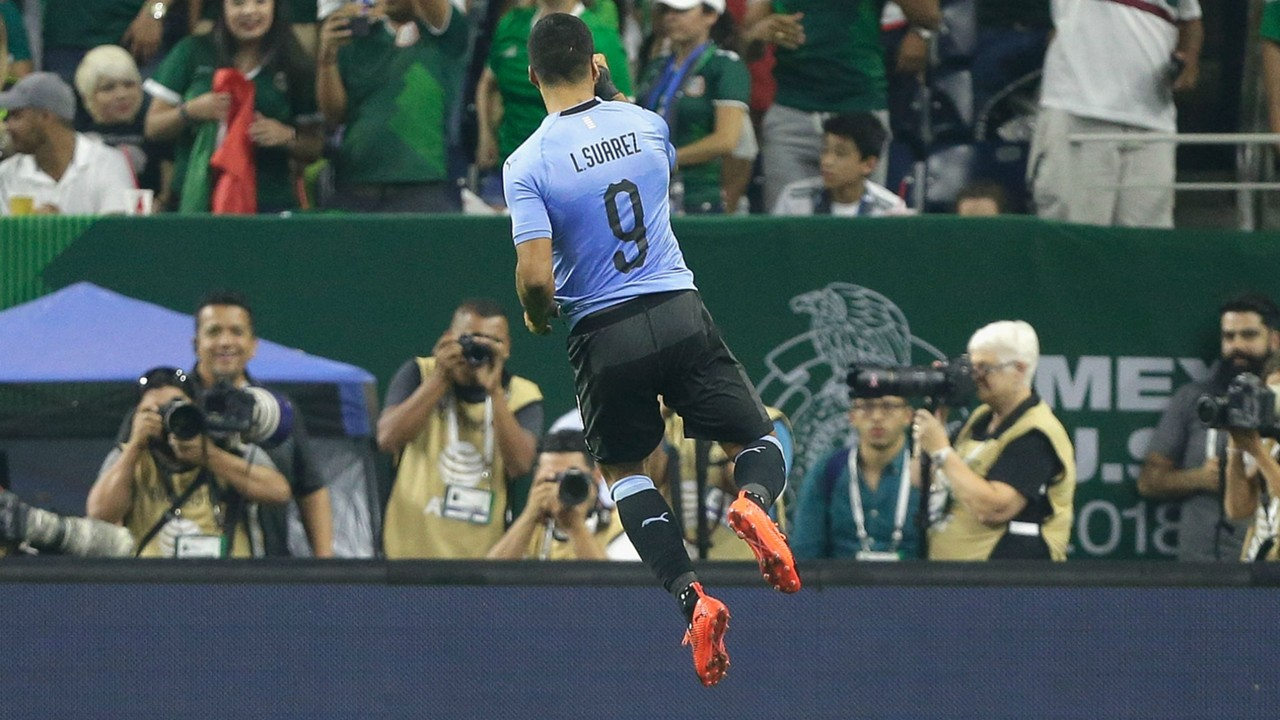 Image result for mexico 1 uruguay 4