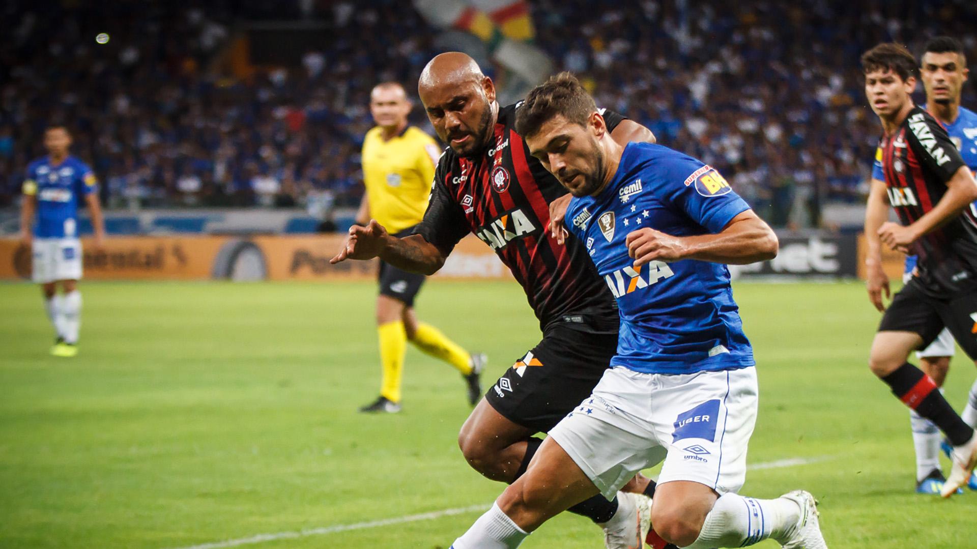 De Arrascaeta Cruzeiro Atletico-PR Copa do Brasil 16072018